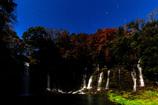 月下・白糸の滝