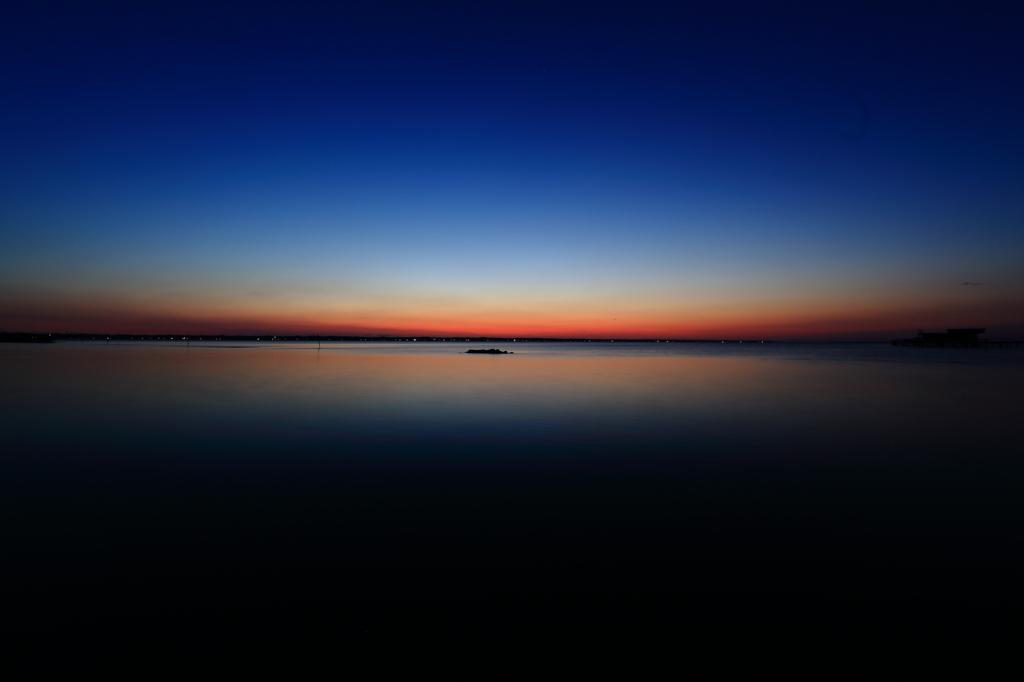 霞の夜明、