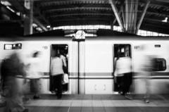 「岐路」 -金沢駅