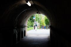 トンネルを抜けて。