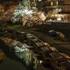 屋形船に夜桜鏡