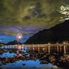 長良川の鵜飼花火(雨上がりの月夜と金華山)2014初夏