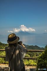 錦江湾に浮かぶ桜島