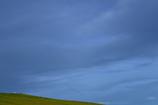 広い空と丘と...