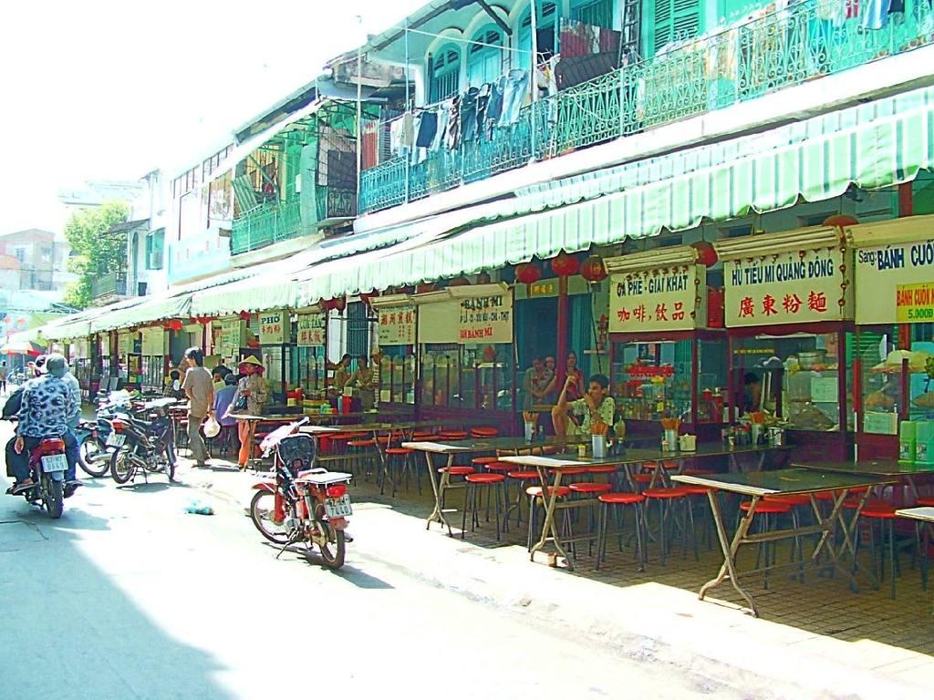 堤岸美食城(phố ăn Chợ Lớn、なんちゃってHDR)