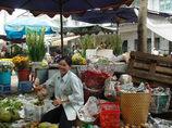 市場の果物屋さん