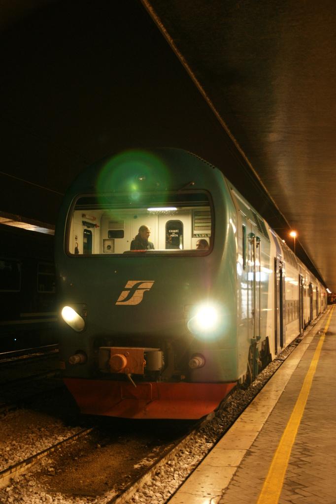 ベネチアまでは電車に乗って♪