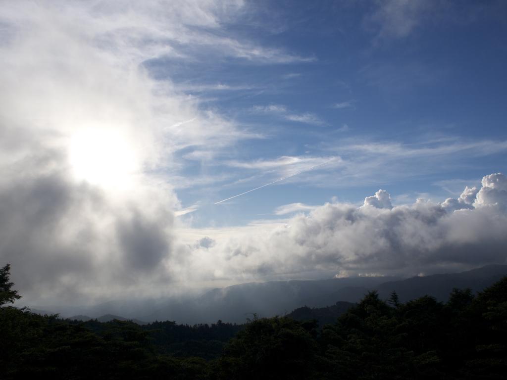 夏のそら、入道雲