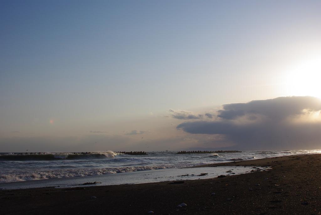 浜に夕暮れ