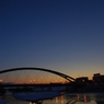 PENTAX PENTAX K-mで撮影した(夜から朝への橋)の写真(画像)