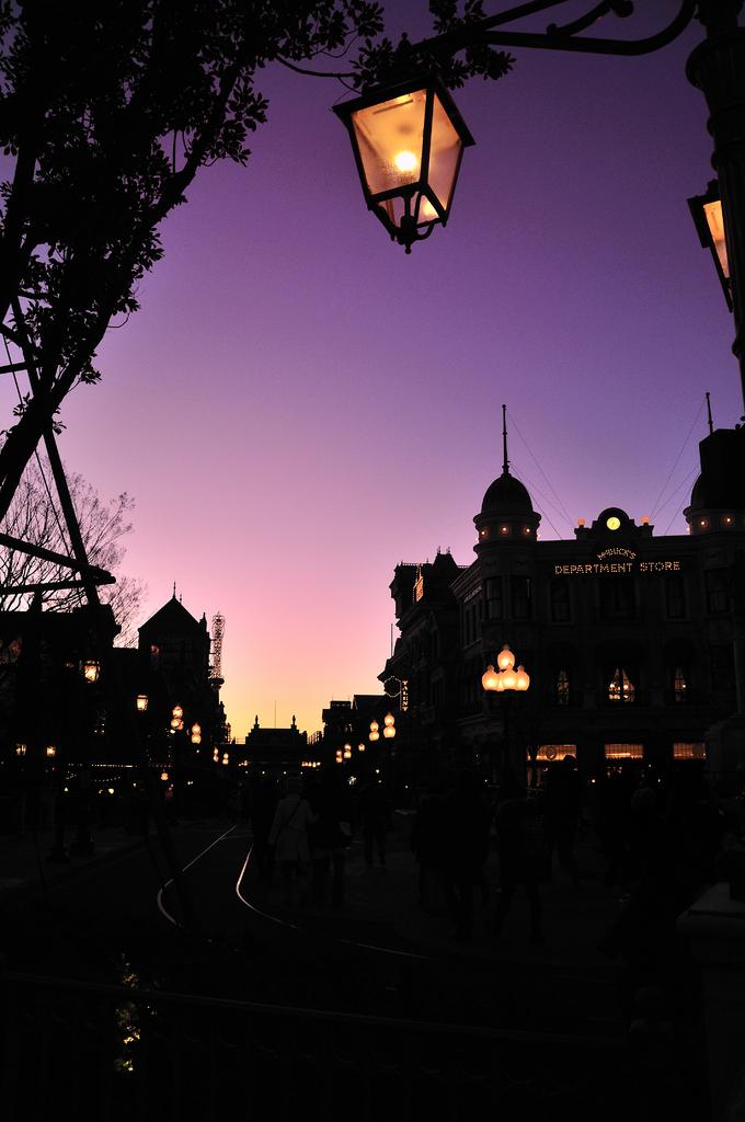 2009年の夜明け