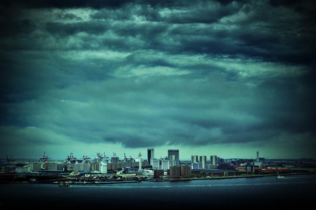 台風ビルディング