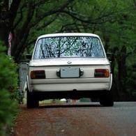 OLYMPUS C2020Zで撮影した乗り物(BMW2002tii)の写真(画像)