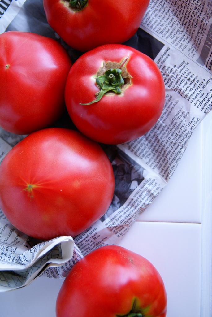 夏のトマト