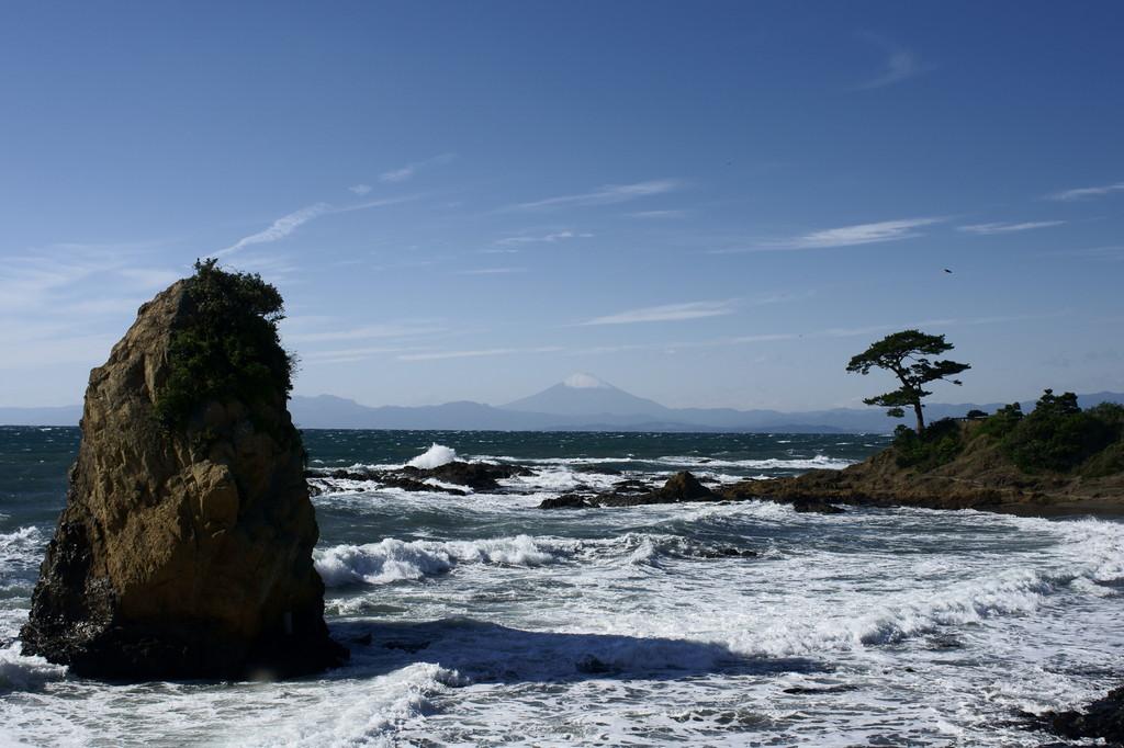 立石、富士山、一本松
