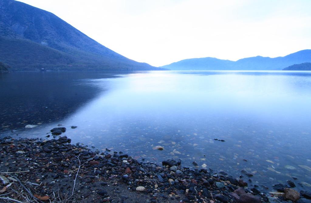 中禅寺湖 朝