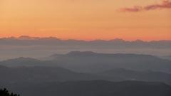 赤岳山頂より北アルプスを遠望