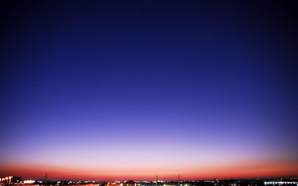 朝焼けと星たち