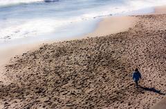 波と砂と・・