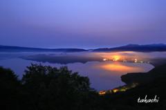 早朝の十和田湖