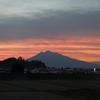 夕景・・お岩木山