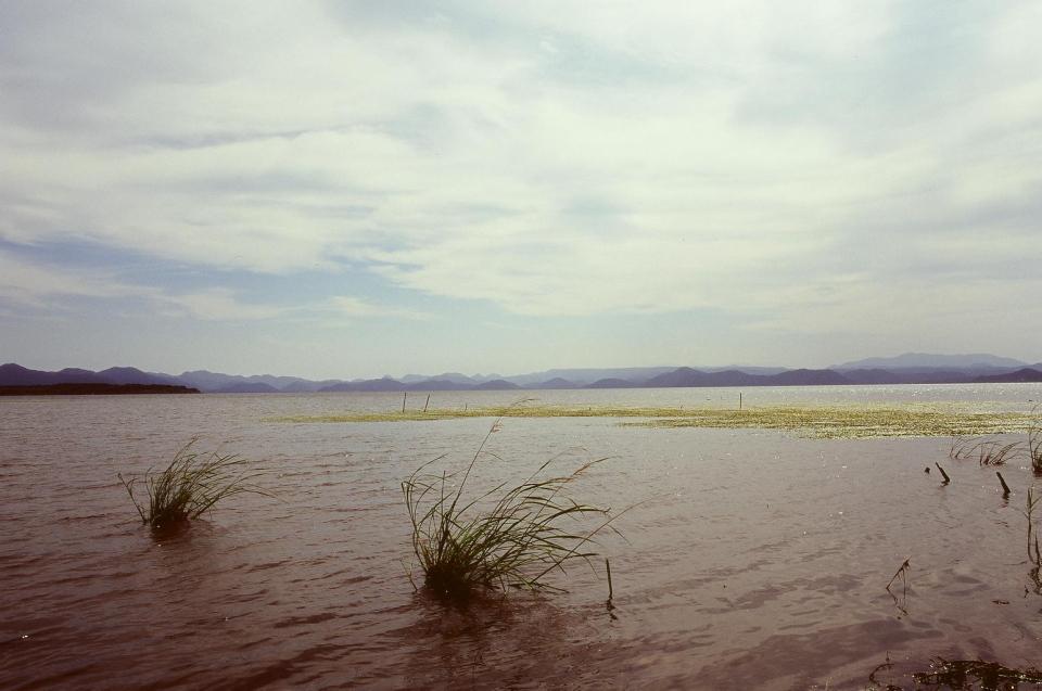 猪苗代湖秋景