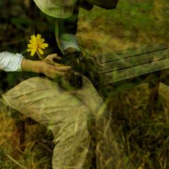 NIKON NIKON D200で撮影した人物(心に花咲く瞬間)の写真(画像)