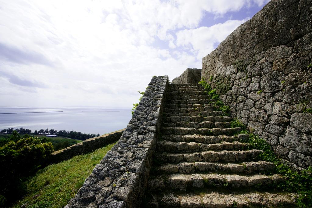 世界遺産 沖縄 勝連城跡-2