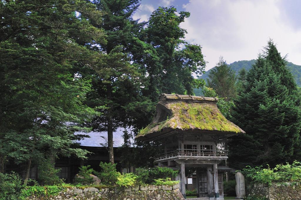 山奥の古寺