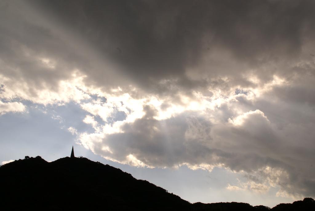 天と地が繋がる風景