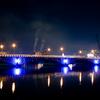 ブルーに光る万代橋