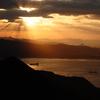 遠き山に陽は落ちて。