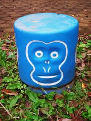 Pale-monkey