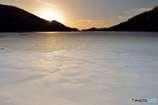 厳冬の朝陽