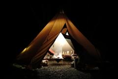 テント内で焚き火