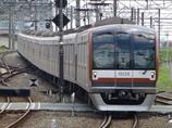 東京メトロ10000系電車