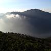 清澄な朝の霞沢岳