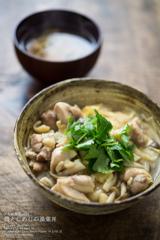 ◆うえだ食堂194 鶏としめじの湯葉丼