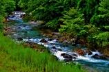 山間の流れ