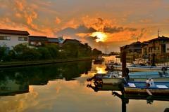 夕暮れの松原漁港