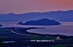 黄昏の沖島