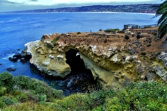 断崖の洞窟