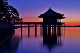 黎明の浮御堂