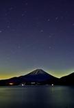 本栖湖の夜
