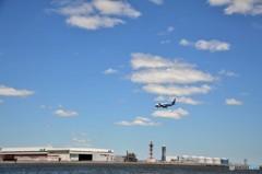 ここ、羽田国際空港です。