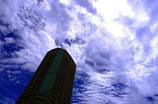 バベルの塔〜雲を切り裂いていく