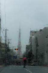 小雨の東京タワー♪