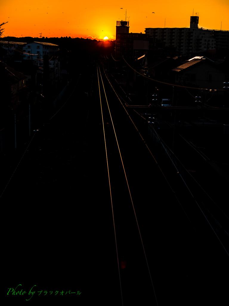 夕暮れの鉄路..