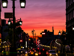 黄昏の街角..