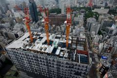 隣のビル建設中
